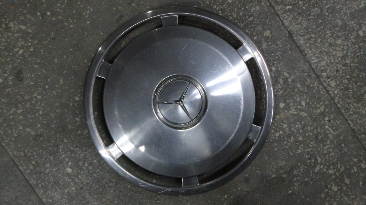 Колпак на Mercedes