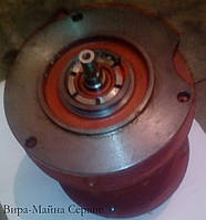 Двигатель перемещения КК1407-6 с тормозом