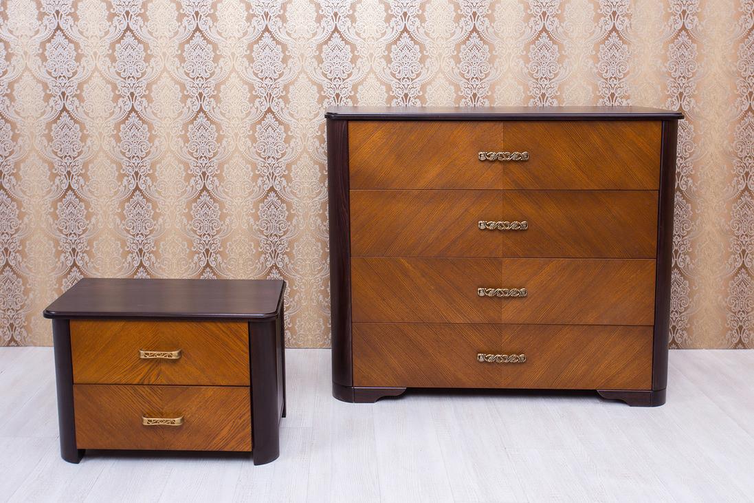 Комод из массива бука Ассоль Микс мебель, цвет темный орех + светлый орех