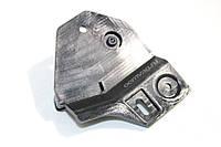 Кронштейн ручки открытия капота Volkswagen, Audi, Skoda 7H1823633B