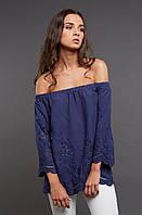 Синяя блуза из прошвы