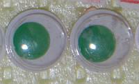 Глаза бегающие 10 мм.