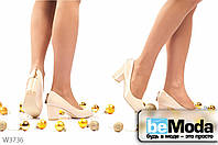 Удобные женские лакированные туфли L&M Beige с круглым носком, на широком каблуке и декоративным украшением на пятке бежевые