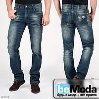 Стильные мужские джинсы Mardoc прямого кроя с легким эффектом потертостей и эмблемой на кармане сзади синие