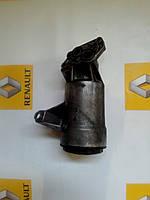 Корпус масляного фильтра Renault Master / Movano 2.2 / 2.5dci 01> (OE RENAULT 8200969622)