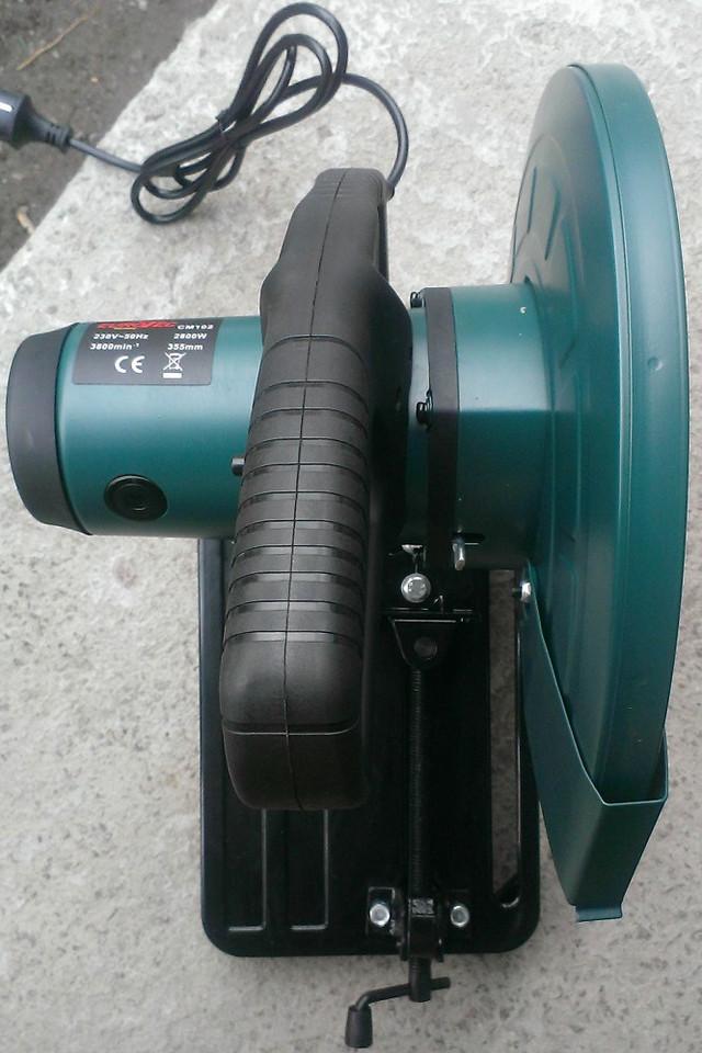 Отрезная пила по металлу Eurotec CM 102, вид сверху