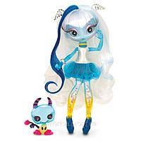 Кукла Novi Stars Una Verse (Нови Стар Уна Версе)