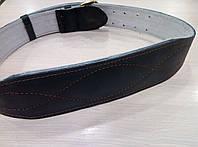 Черный атлетический пояс из керзы.
