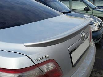 Спойлер Toyota Camry XV40 шабля тюнінг