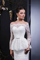 """Великолепное свадебное платье силуэта """"Рыбка"""" с баской, украшенное ручной вышивкой и бисером"""