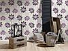 Фактурные моющиеся немецкие обои 290038, с большими и яркими фиолетовыми цветами лотоса на белом фоне, фото 10