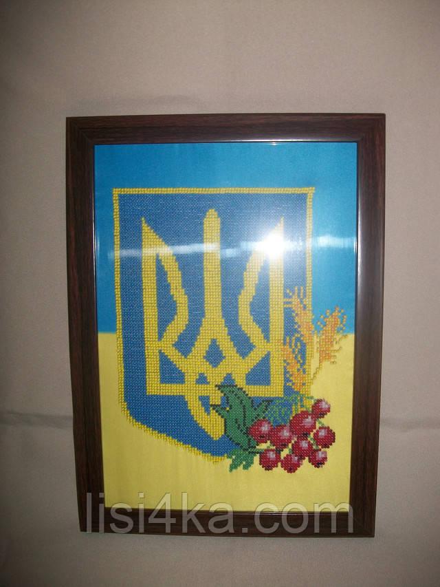 вышитая картина для интерьера с гербом Украины