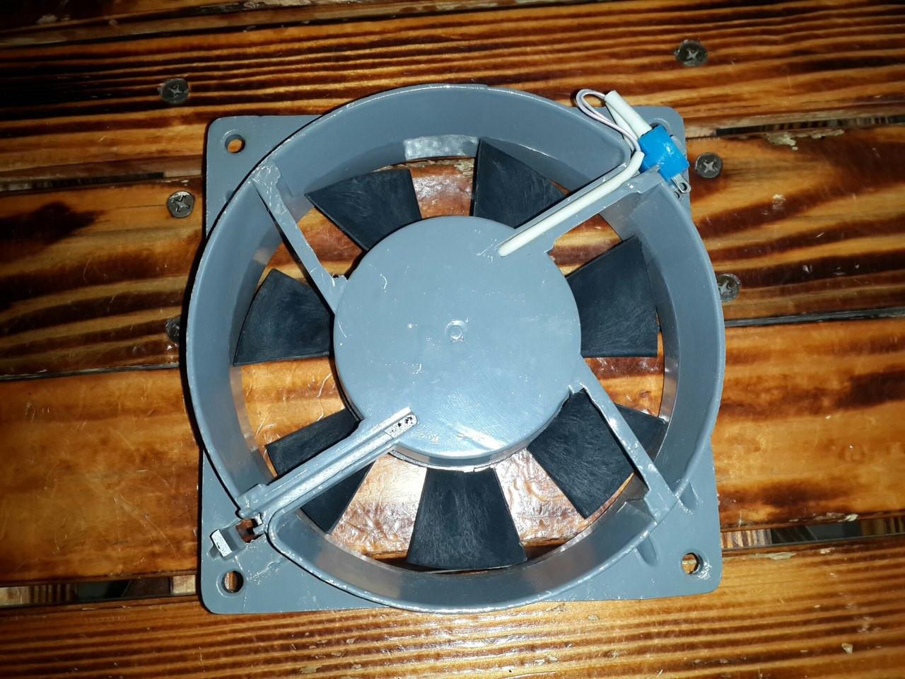 Вентилятор для інкубатора 18w