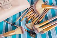 Кисти для макияжа 18 штук в чехле набор кисточек