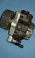 Б/У Топливный насос (ТНВД) 0445010075  8200108225 Opel Vivaro  Renault Laguna II  Trafic Laguna 1.9 dci