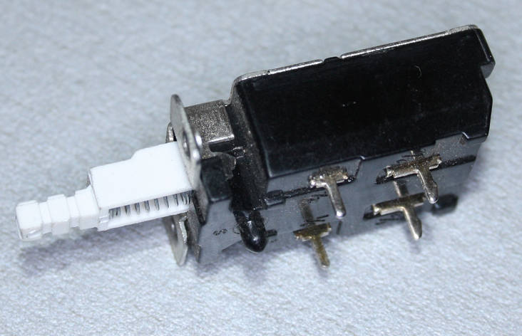 Кнопка питания KDC-A11 4A/128A250V, фото 2