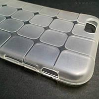 Силиконовый текстурный чехол для iPhone 6 Plus/6S Plus (белый)