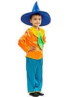 Костюм Незнайки: кофта с галстуком, штаны (капри) и шляпа.