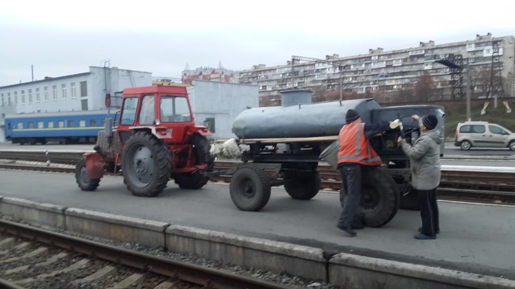 Мойка Вагонов мобильная на Киев пассажирском