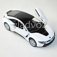 Машинка BMW i8 метал 1:32 белая