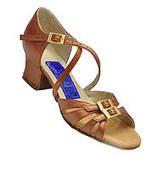 Туфли танцевальные для девочки на блок-каблуке бежевые кожа