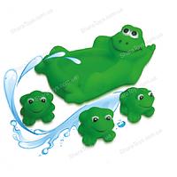 """Детская игрушка для купания """"Семья лягушек"""""""