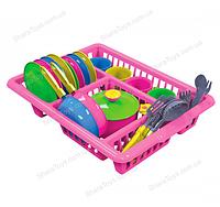 Кухонный набор посуды на сушилке