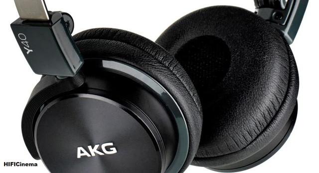 Наушники полуоткрытого типа AKG Y40