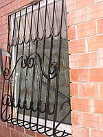 Решетка на окно луковечная