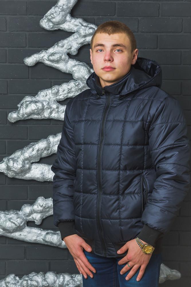 Стеганная зимняя мужская куртка
