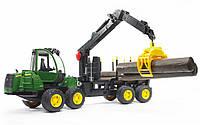 02133 Bruder John Deere 1210E Forwarder трактор лесной