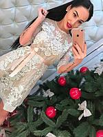 Женское платье с кружева с атласным поясом