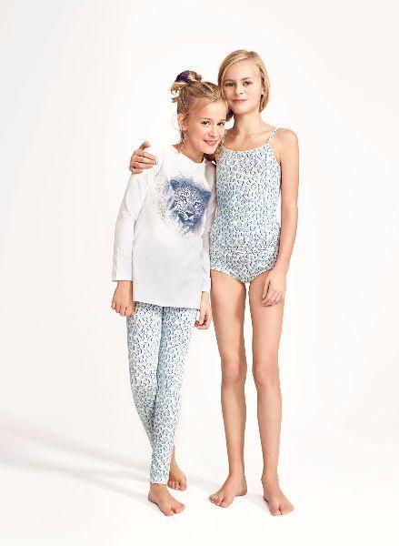 Оптом Дешевле предлагает детские пижамы самых разнообразных фасонов и расцветок, рассчитанных на детей разного возраста и пола.