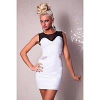 Черно-белое мини-платье с черной ажурной вставкой