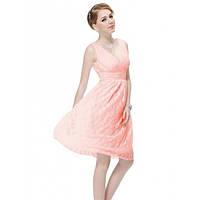 Кружевное платье с V-образной горловиной розовое