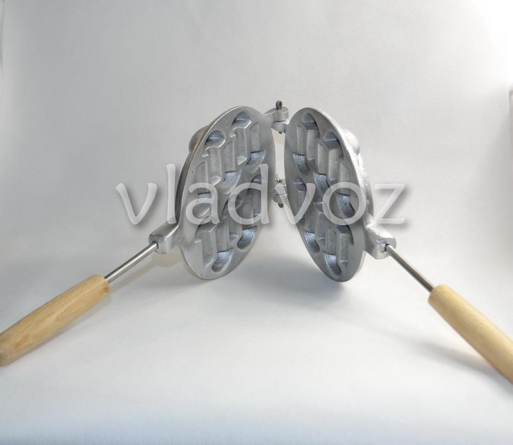 Алюминиевая форма для печенья грибочки вид сбоку