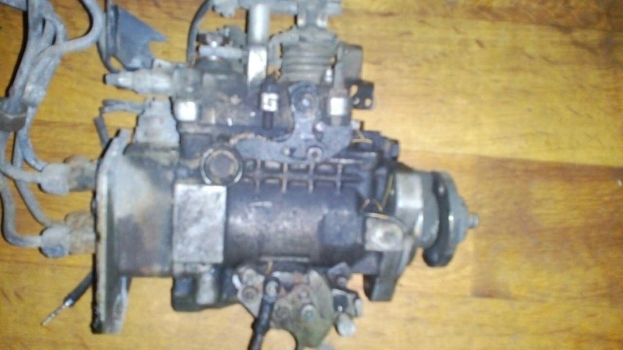 Б/у топливный насос высокого давления ТНВД 0460494417 Volkswagen T4 1,9 (Transporter)