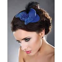 Синея шляпка с розой и пером