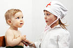 Ролевые детские игры: добрый доктор Айболит