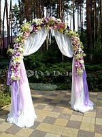Свадебная арка из искусственных цветов
