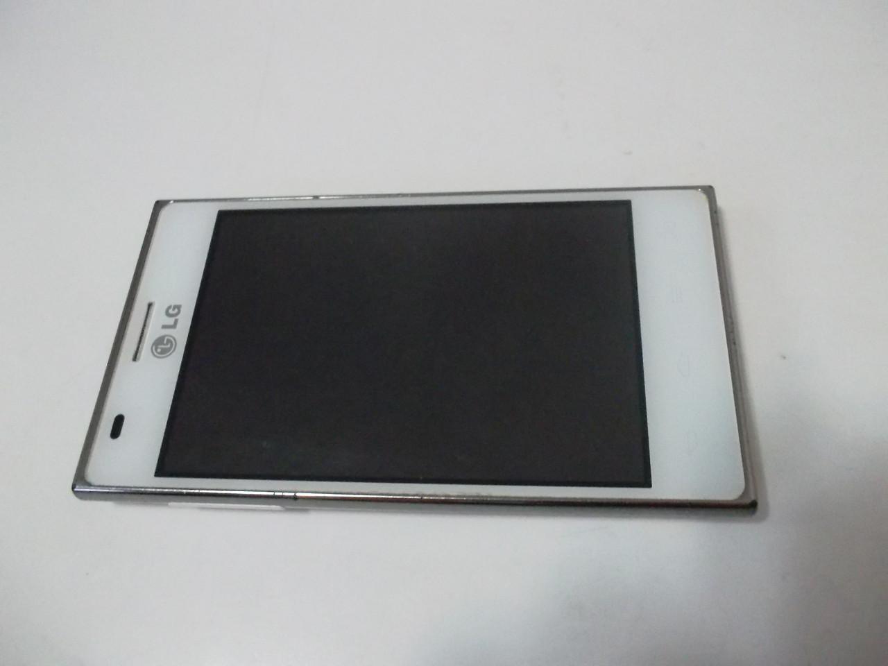 Мобильный телефон LG E615 №1883