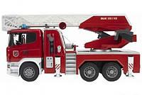 Игрушка Bruder Большая пожарная машина Scania R-series с лестницей М1:16