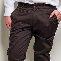 Коричневые брюки мужские в стиле casual-классики