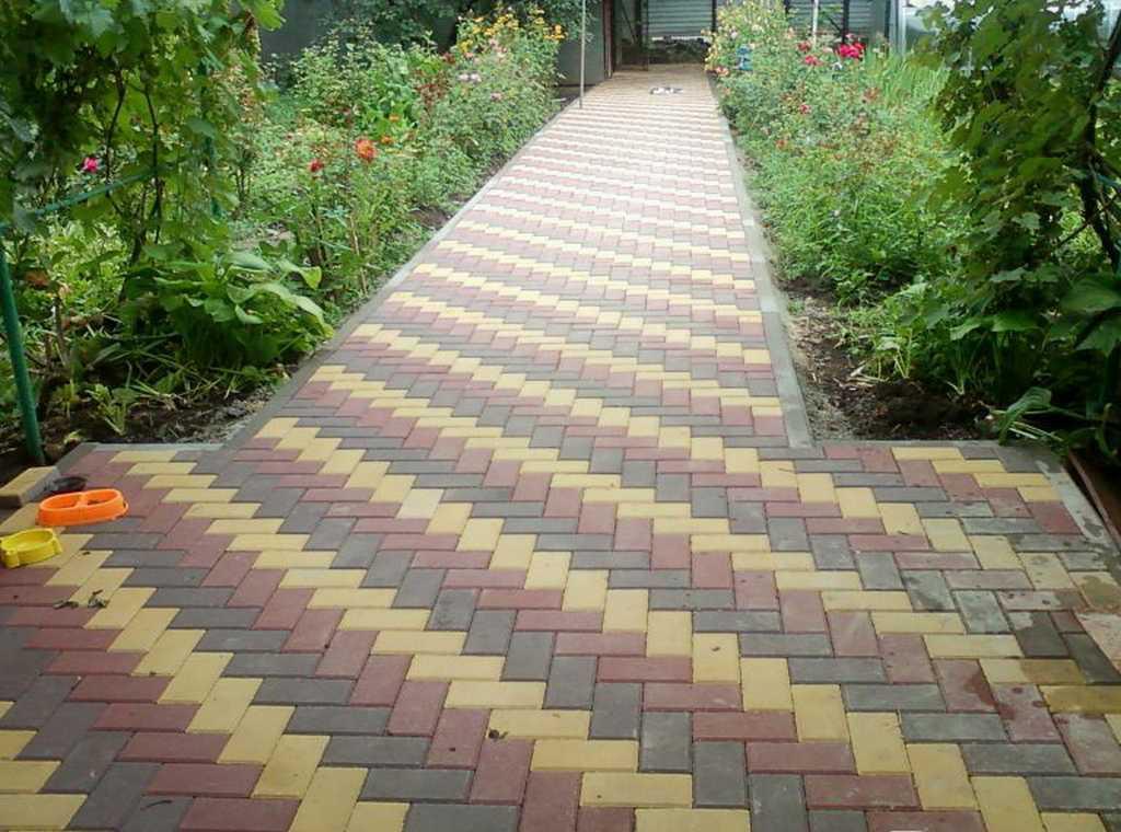 Тротуарная плитка «Кирпичик» 4 см