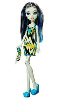 Кукла Монстер Хай Фрэнки Штейн Пляжная вечеринка Monster High Frankie Stein Doll