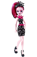Кукла Монстер Хай Дракулаура Monster High Welcome To Monster High Fangtastic Draculaura Doll