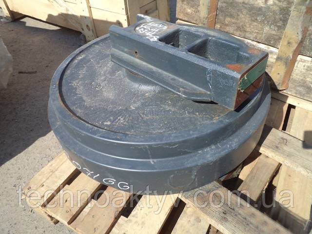 Направляющие (натяжные) колеса - ленивец HYUNDAI R130, R160