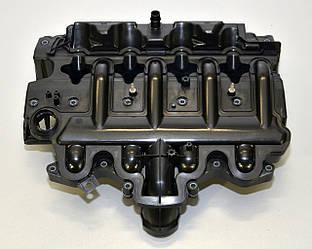 Клапанная крышка (крышка ГБЦ) на Renault Master II 2001->2010 2.2dCi+2.5dCi - Renault (Оригинал) - 8200714033