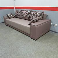 Мягкий прямой диван Бристоль