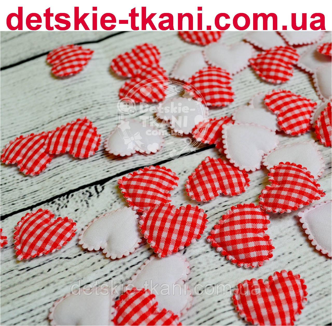Декор сердечки в красную клеточку с ажурным краем